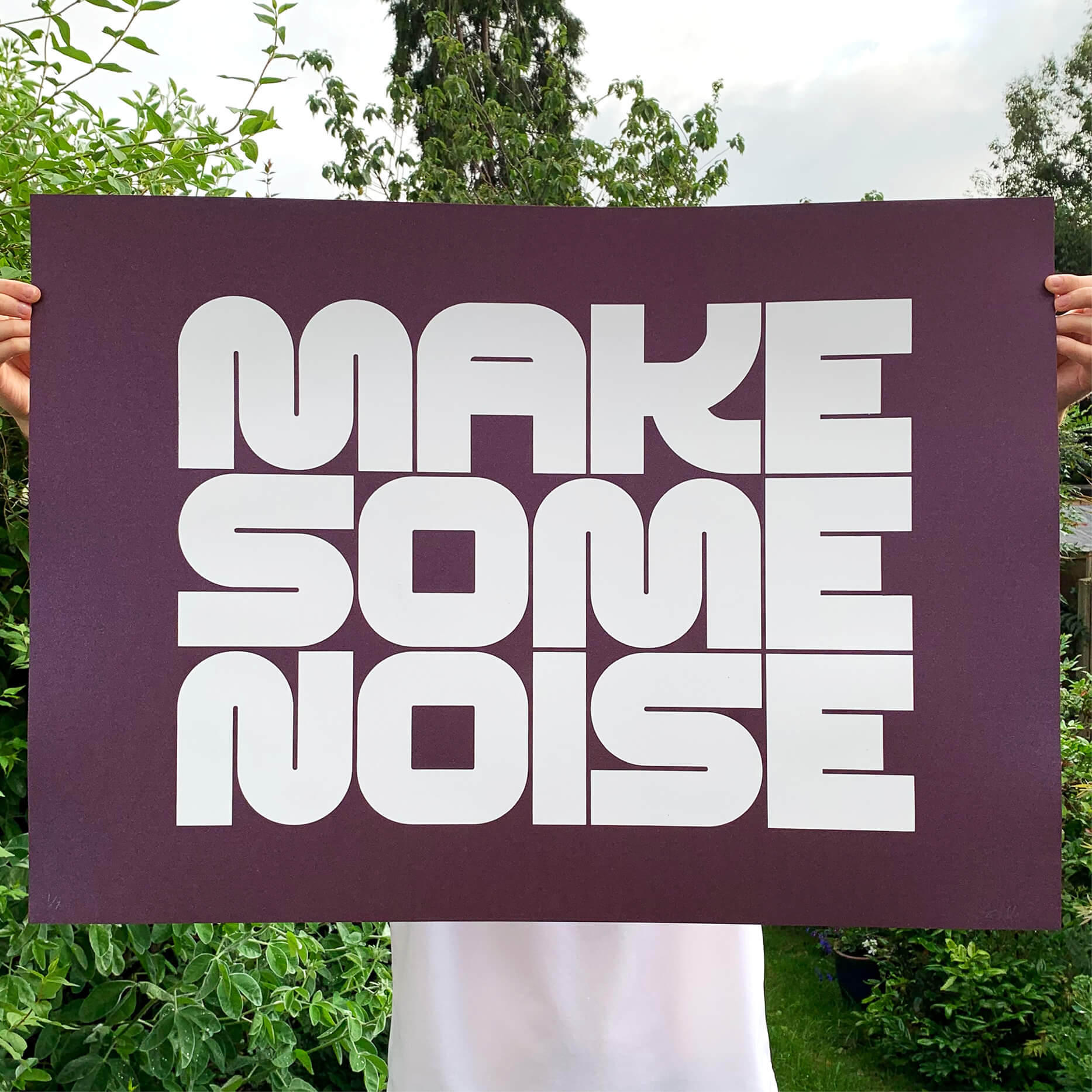 OFFICIAL_make_some_noise_nightclub_purple_screenprint_3